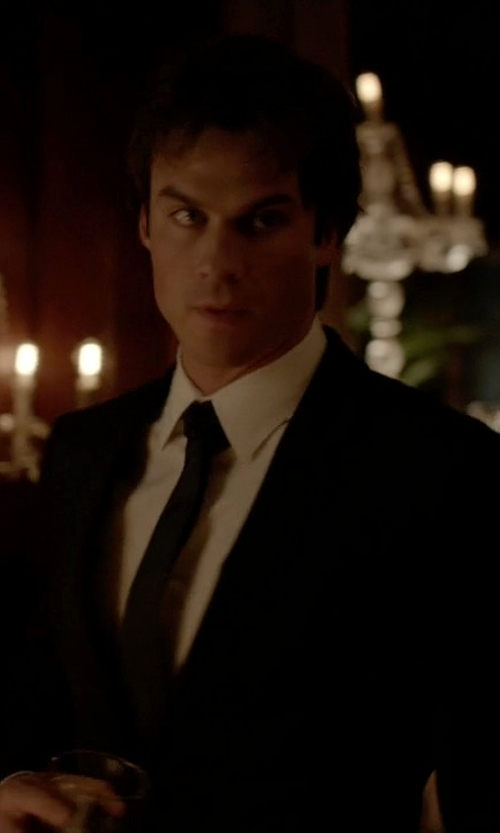 Ian Somerhalder with John Varvatos Star USA Seasonal Solid Skinny Tie in The Vampire Diaries