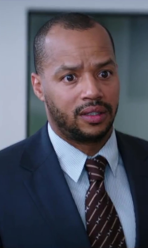 Donald Faison with John W. Nordstrom Trim Fit Non-Iron Solid Dress Shirt in Wish I Was Here
