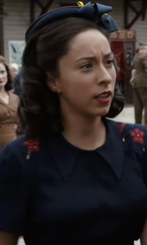 Oona Chaplin with Vince	 Half-Placket Short-Sleeve Shirtdress in The Longest Ride