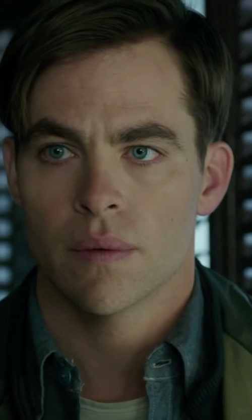 Chris Pine with Barneys New York Chambray Shirt in The Finest Hours