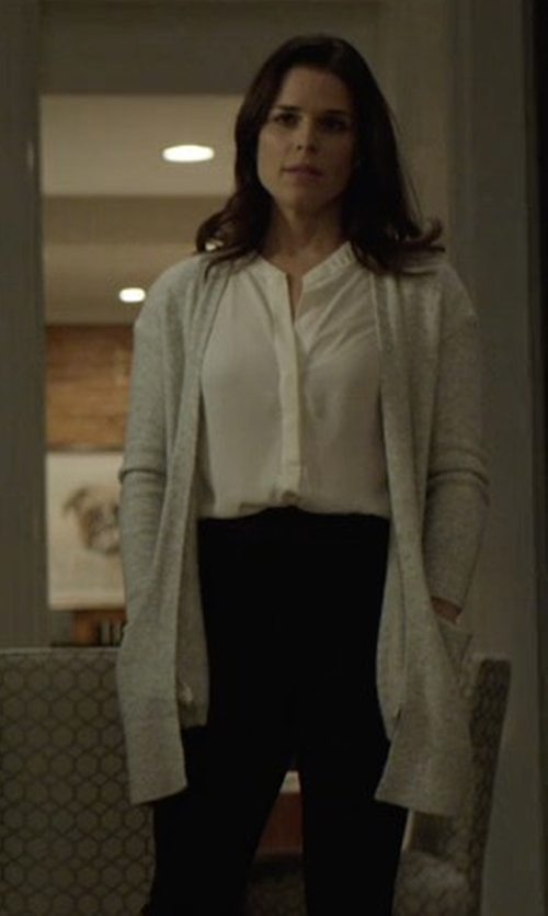 Neve Campbell with Halston Heritage Wool Blend Cardigan in House of Cards