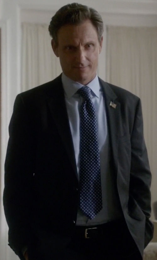 Tony Goldwyn with A. Testoni Pebble Grain Reversible Leather Belt in Scandal