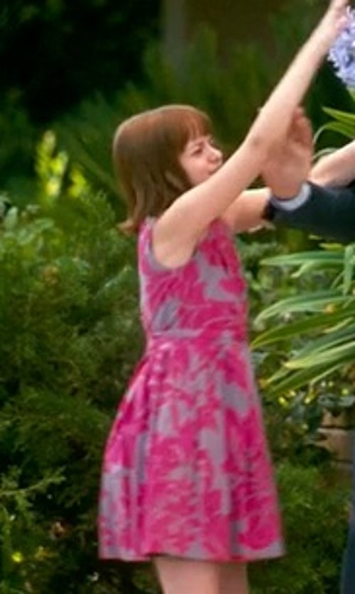 Joey King with United Colors of Benetton Kids Dress in Crazy, Stupid, Love.