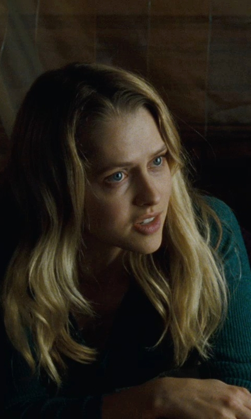 Teresa Palmer with Neiman Marcus Women's Cashmere Boat Neck Sweater in Warm Bodies