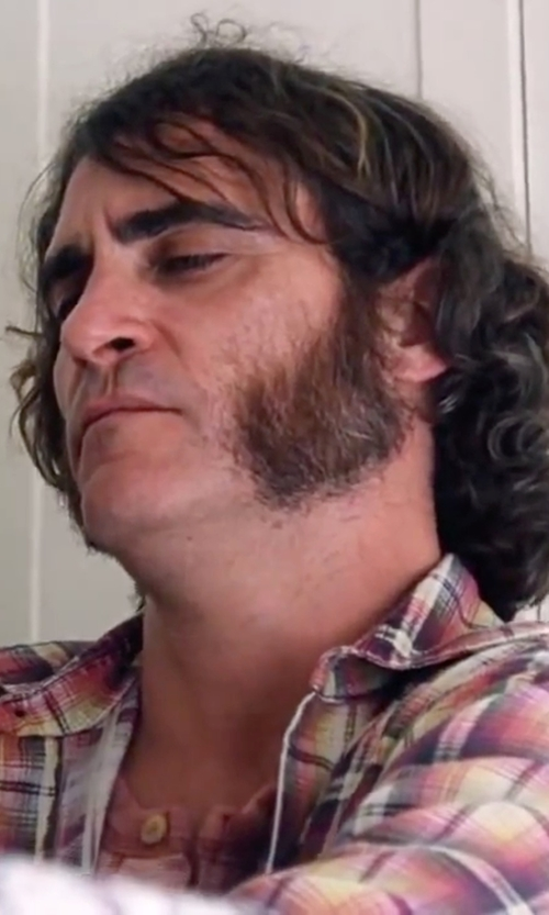 Joaquin Phoenix with Billy Reid Pensacola Short-Sleeve Henley Shirt in Inherent Vice