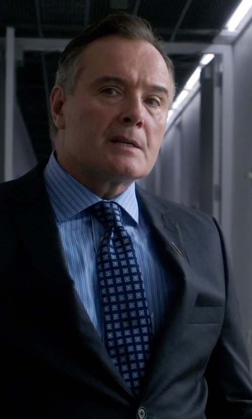 Aidan Quinn with Charvet Square Medallion Silk Tie in Elementary