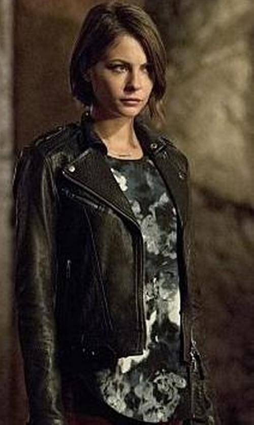 Willa Holland with Aritzia Adalene Blouse in Arrow