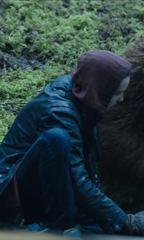 Kodi Smit-McPhee with SOFFE Men's Training Fleece Zip Hoodie in Dawn of the Planet of the Apes