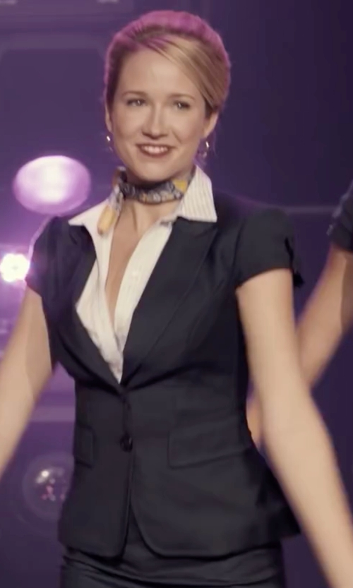 Anna Camp with Hanita Short Sleeve Blazer in Pitch Perfect