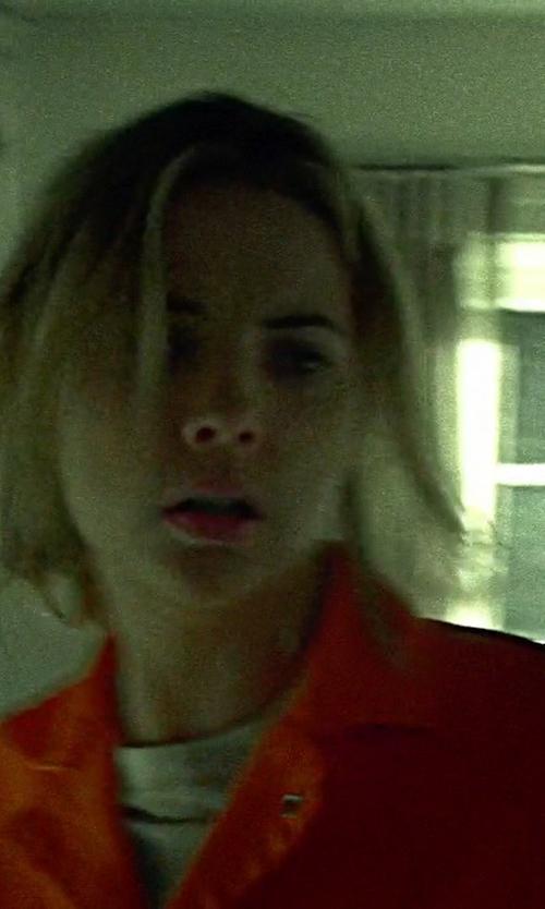 Ashley Benson with Hanes Cooldri Crew Neck Tee Shirt in Pretty Little Liars