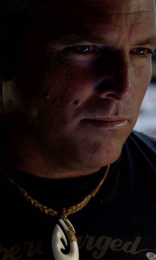 Alan Pflueger with Zero Gravity Hawaii Hawaiian Jewelry Carved Bone Fish Hook Necklace in Need for Speed