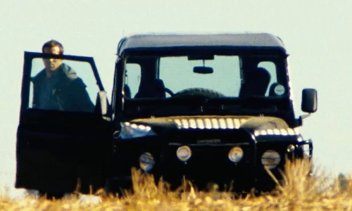 Ryan Reynolds with Land Rover 1997 Defender 90 SUV in Safe House