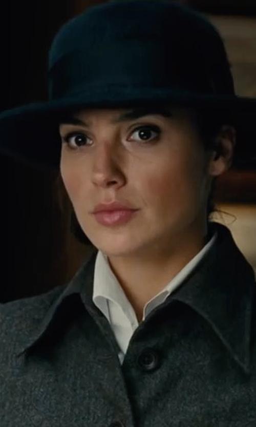 Gal Gadot with Brixton Tiller Wide Brim Hat in Wonder Woman