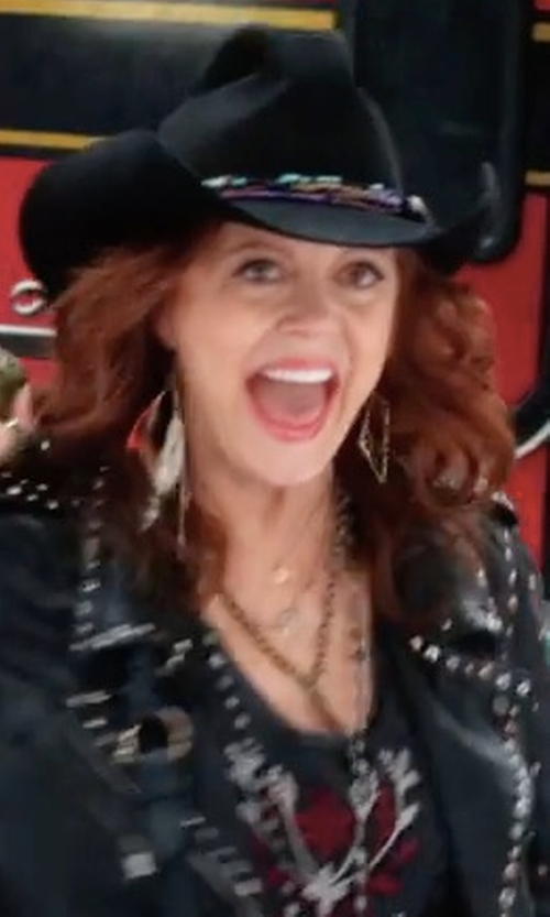 Susan Sarandon with Brixton Cedar Fedora Hat in A Bad Moms Christmas