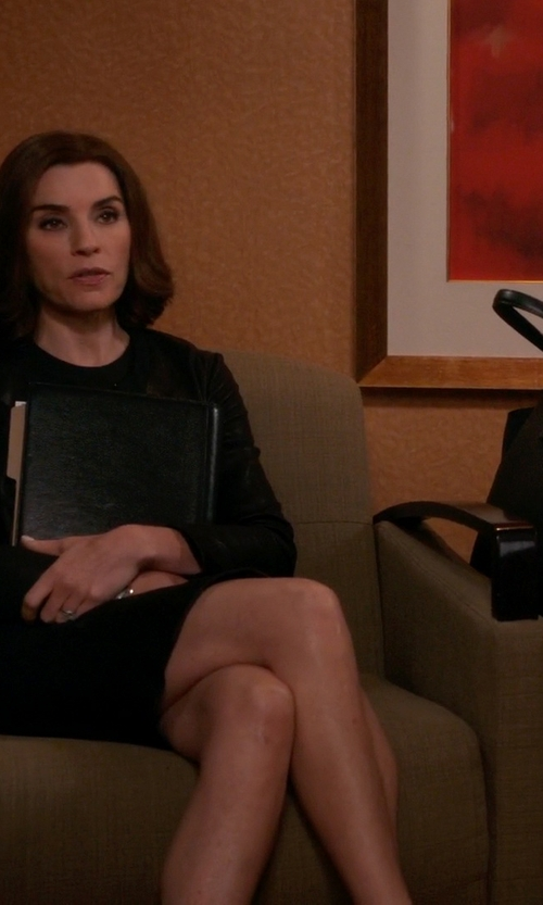Julianna Margulies with Furla Dolce Vita Onyx Tote Bag in The Good Wife