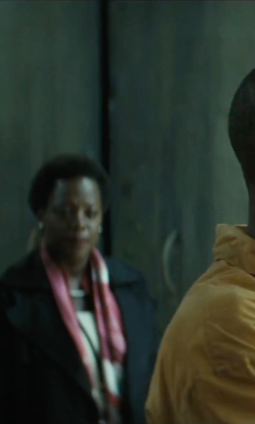 Viola Davis with Dianora Salviati Annatto 166 Cashmere And Silk-Blend Scarf in Suicide Squad