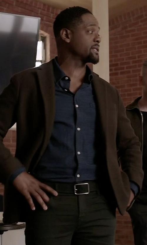 Blair Underwood with Helbers Single-Breasted Tweed Blazer in Quantico