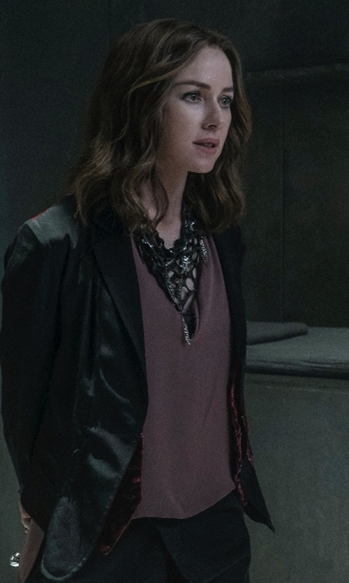 Naomi Watts with Ann Taylor Matte Jersey Shell Tank Top in The Divergent Series: Allegiant