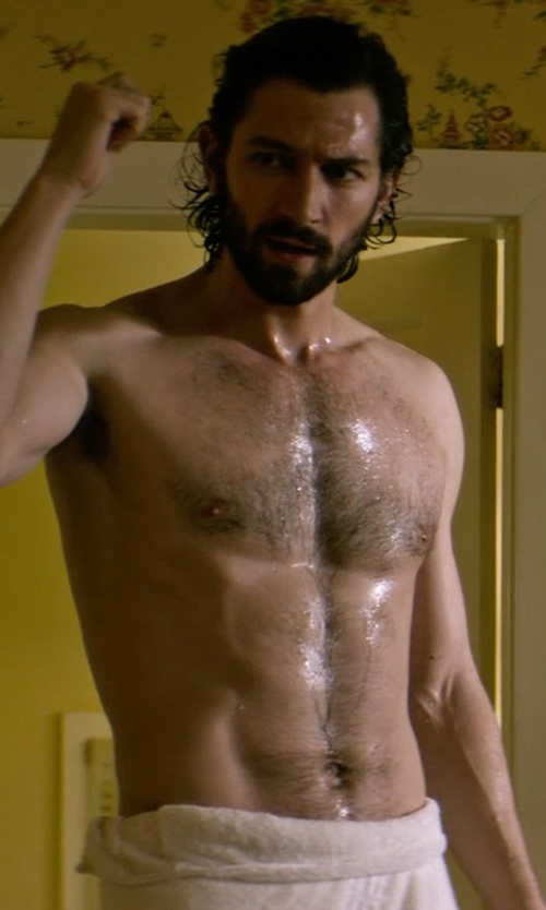 Michiel Huisman with Kassatex Bamboo Rayon Bath Sheet in The Age of Adaline