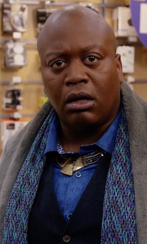 Tituss Burgess with Etro Embroidered Patchwork Scarf in Unbreakable Kimmy Schmidt