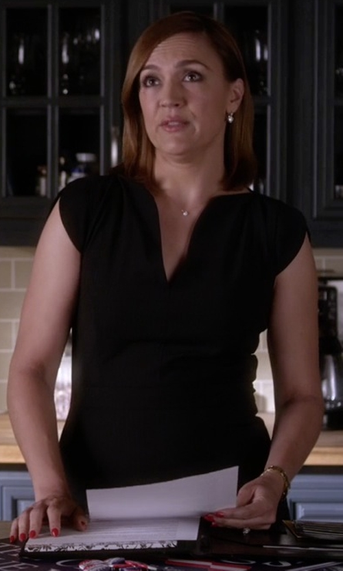 Lesley Fera with French Connection 'Lolo' Stretch Sheath Dress in Pretty Little Liars