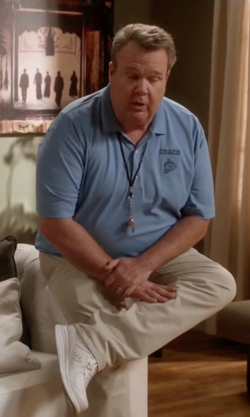 Eric Stonestreet with New Balance Walking Sneakers in Modern Family