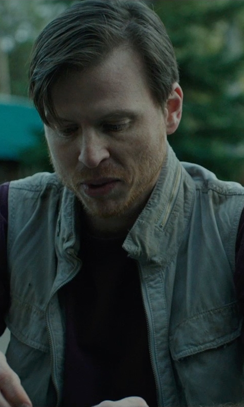 Kevin Rankin with Mrignt Outdoors Casual Military Vest in Wild