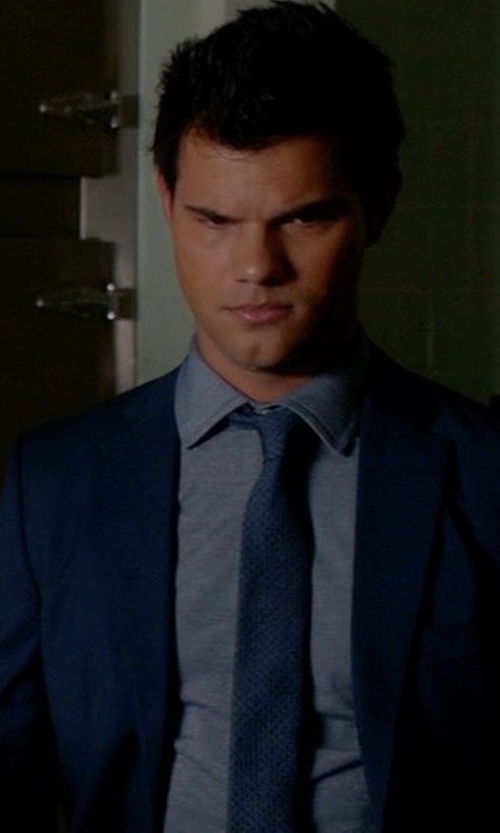 Taylor Lautner with Paul Smith Tailored-Fit Two-Buttoned Suit in Scream Queens