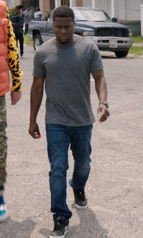 Kevin Hart with Jacob Cohen Stone Washed Jeans in Get Hard