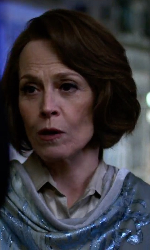 Sigourney Weaver with Eileen Fisher Hand-Dyed Modal/Silk Ombre Scarf in Marvel's The Defenders