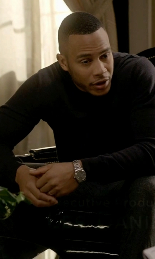 Trai Byers with Victorinox Swiss Army 'Alliance' Large Bracelet Watch in Empire