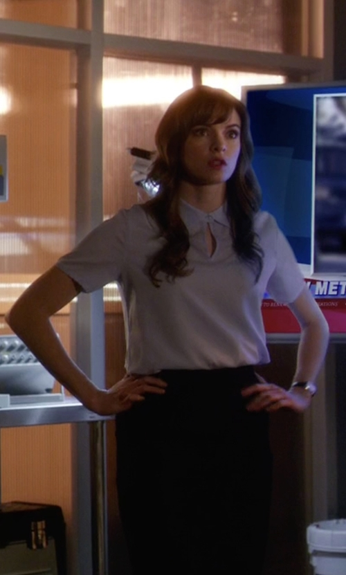 Danielle Panabaker with Krizia Vintage Pencil Skirt in The Flash