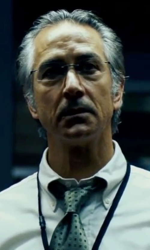 David Strathairn with Todd Snyder White Label Dot Tie in The Bourne Ultimatum