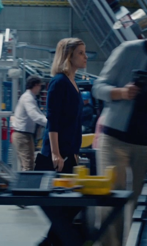 Kate Mara with Joseph V-Neck Sweater in Fantastic Four