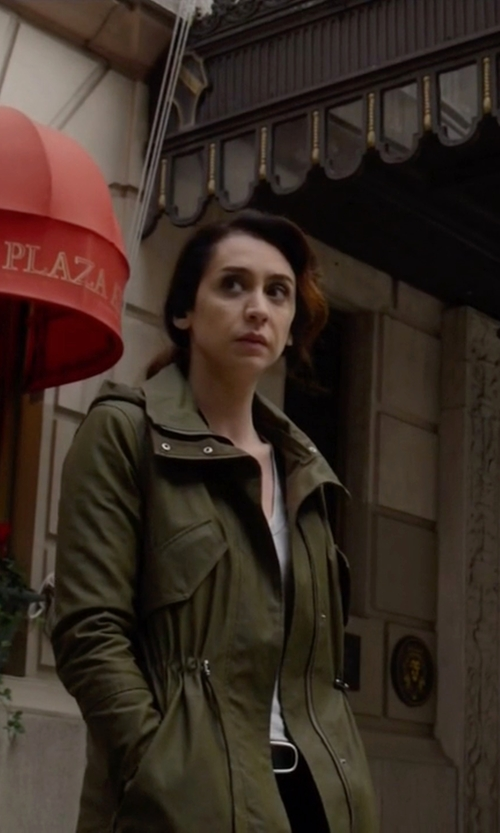 Mozhan Marnò with SAM Highline Parka in The Blacklist