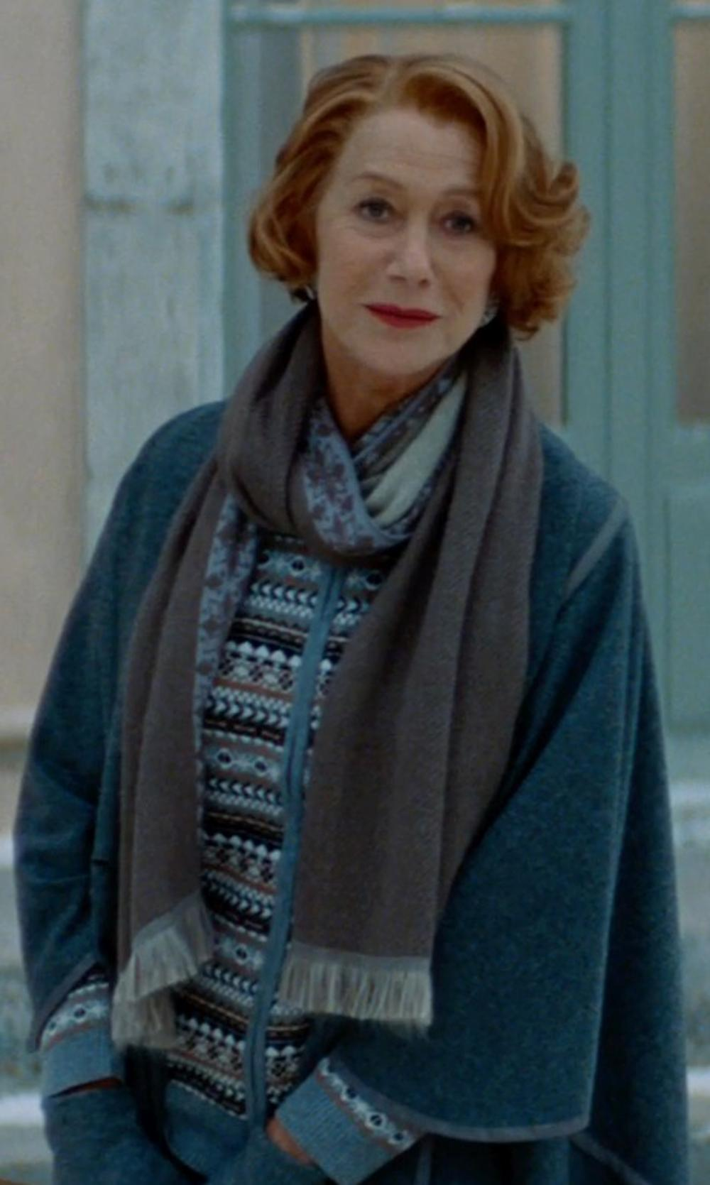 Helen Mirren with Echo Design Touch Pleated C Gloves in The Hundred-Foot Journey