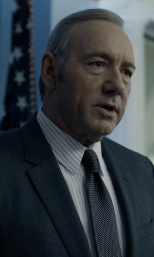 Kevin Spacey with Canali Solid Silk Tie in House of Cards