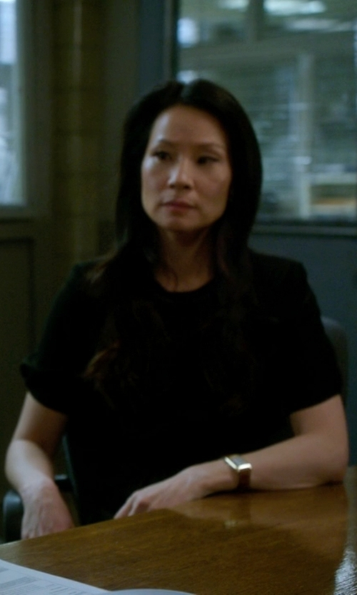 Lucy Liu with Laura Urbinati Short Sleeve Blouse in Elementary