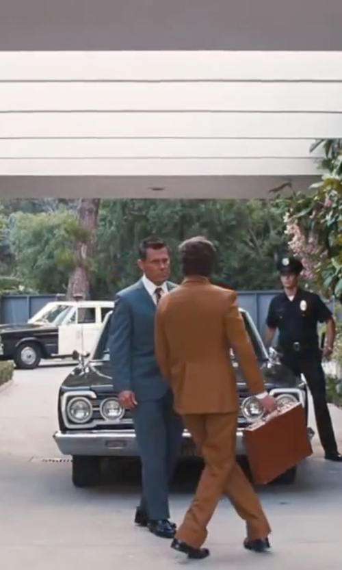 Josh Brolin with David Donahue 'Ryan' Classic Fit Check Loro Piano Wool Suit in Inherent Vice