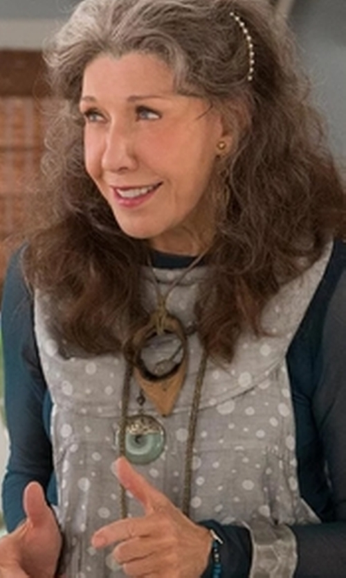 Lily Tomlin with Lemlem Lula Caftan in Grace and Frankie