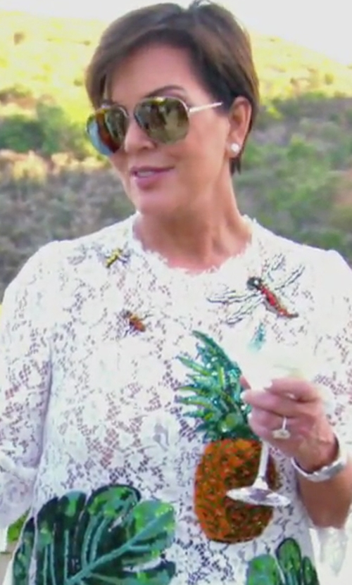 Kris Jenner with Barton Perreira Universal Fit Lovitt Mirror Aviator Sunglasses in Keeping Up With The Kardashians