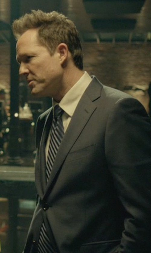 Dean Winters with Lands End Silk Texture Stripe Necktie in John Wick