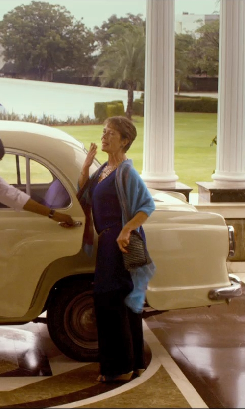 Celia Imrie with Forzieri Two Tone Silk Pashmina Scarf in The Second Best Exotic Marigold Hotel