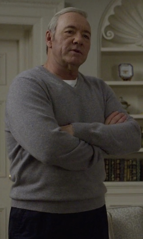 Kevin Spacey with AG The Ridgewood V-Neck Sweater in House of Cards