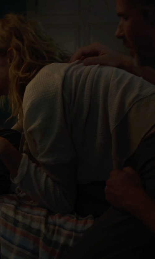 Laura Dern with Wilt Cropped Sweatshirt in The Fault In Our Stars