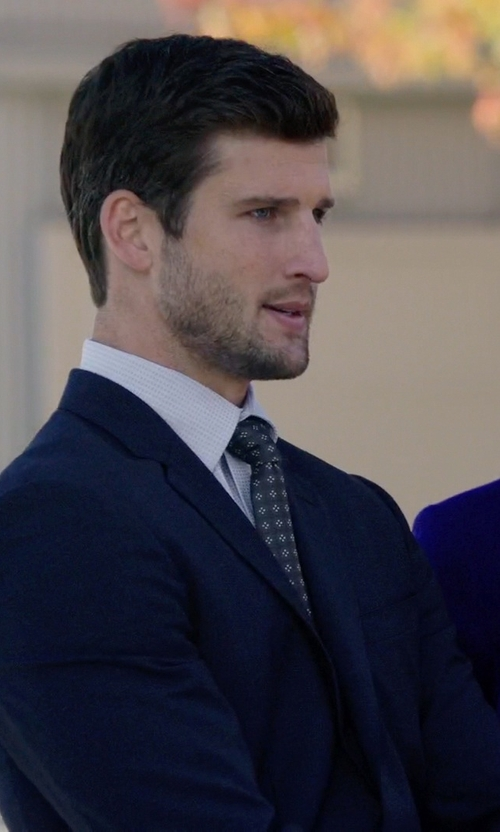 Parker Young with Hart Schaffner Marx 'New York' Classic Fit Wool Suit in Arrow