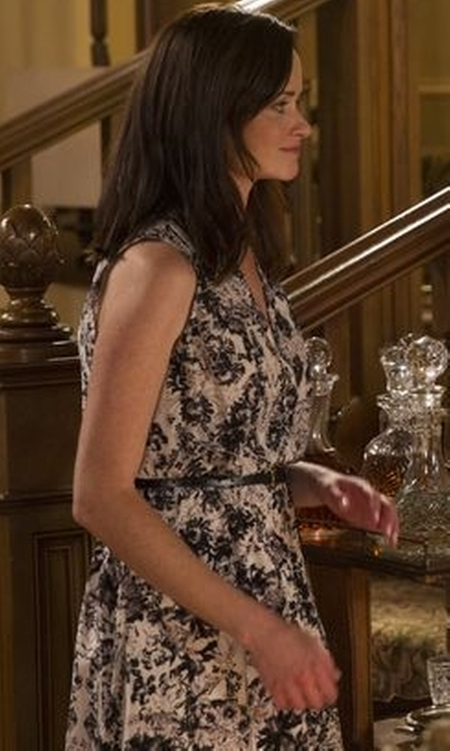Alexis Bledel with Michael Kors Collection Floral-Print Stretch-Cotton Sheath Dress in Gilmore Girls: A Year in the Life