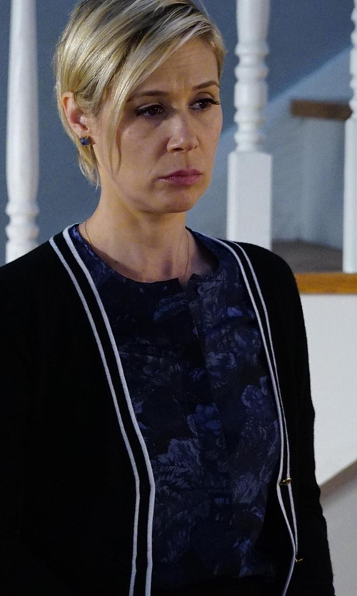 Liza Weil with Elizabeth and James Davidson Long-Sleeve Floral Silk Blouse in How To Get Away With Murder