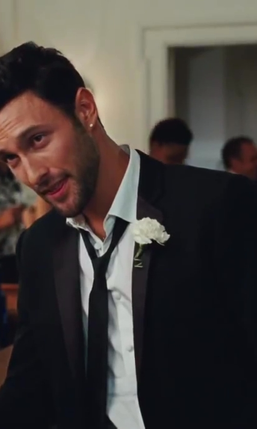 Noah Mills with Theory Devore Tux Jacket in Sex and the City 2