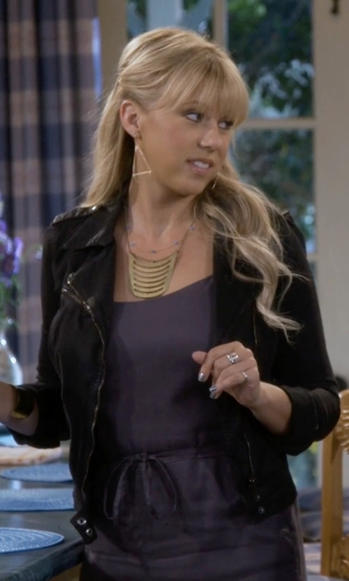 Jodie Sweetin with Lucky Brand Moto Jacket in Fuller House